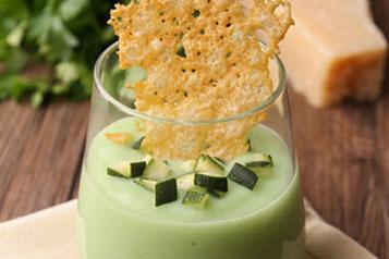 Potages, veloutés, soupes 6-Veloute-de-courgette-au-fromage-fondu-Fotolia_37809912_XS