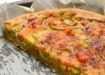 Tarte au bacon, champignons et mozzarella